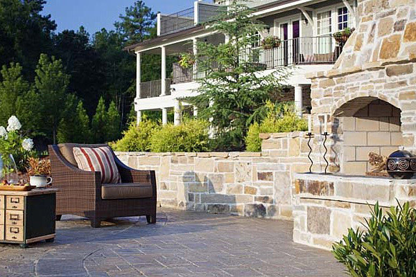 Outdoor fire feature design Raleigh