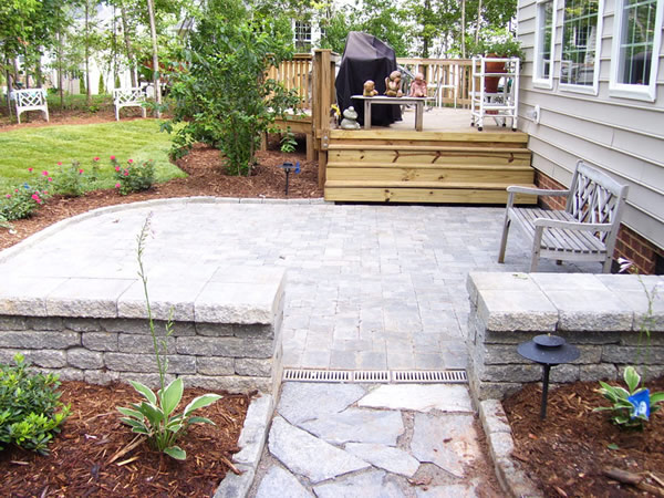Outdoor Living Area Design Raleigh NC