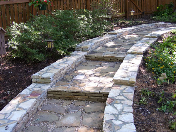 Garden walkway installation Raleigh